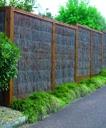 Brustics new zealand natural fencing and privacy solutions for Natural privacy fence