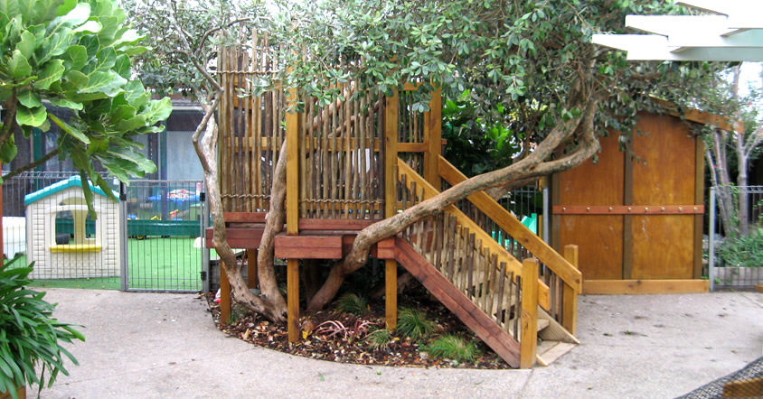 tropical-playground-home-11